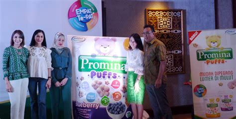Promina Puffs Makanan Selingan Biskuit Bayi 8 melatih self feeding anak sejak dini momdadi