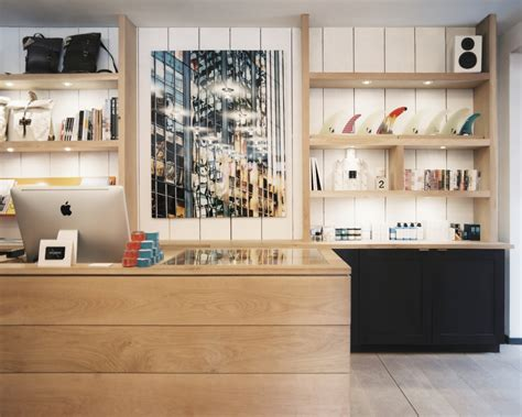 retail store layout design and display wall arrangements with shelves photos design ideas