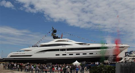 yalla boats motor yacht yalla crn 132 a crn superyacht