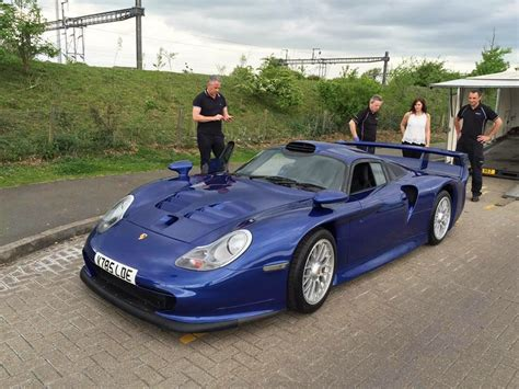 porsche 911 gt1 straãÿenversion porsche 911 gt1 en photos auto titre