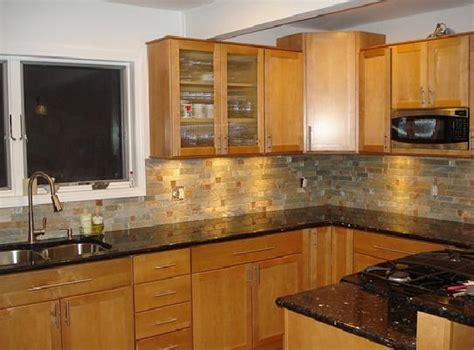 Granite Colors For Oak Cbinets Granite Countertop Colors Kitchen Colors With Oak Cabinets And Black Countertops