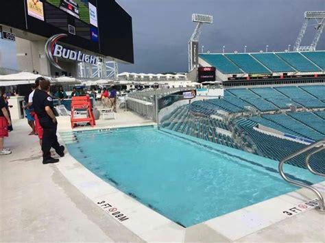 jacksonville jaguar awesome pool inside the stadium