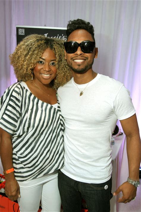 picture of miguel mother miguel in 2012 bet awards celebrity gifting suite day