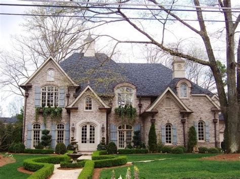 small houses that look like castles 19 gorgeous houses that look like castles style motivation