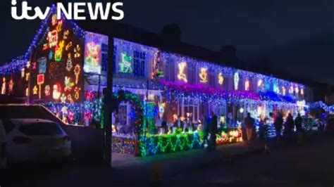 christmas lights on hshire street set to raise 163 55 000