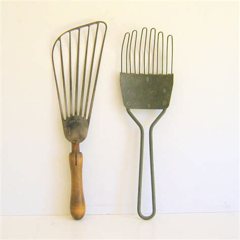 Vintage Kitchen Utensils by Vintage Kitchen Utensils