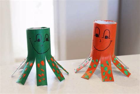 Craft Projects With Toilet Paper Rolls - easy crafts for with toilet paper rolls find craft