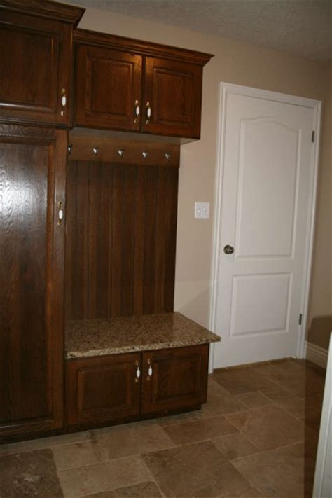 Mudroom Cabinet Plans With Small Mudroom Designs Photos
