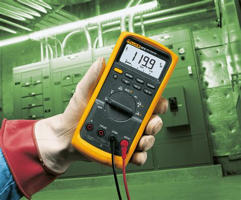 Daftar Multimeter Digital Fluke fluke 83v fluke 83 v digital multimeter at reichelt