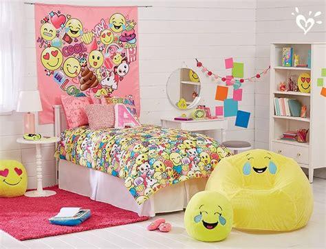 emoji wallpaper for bedroom 43 best emoji room images on pinterest emojis the emoji