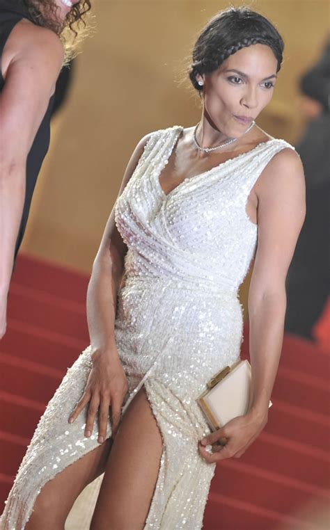 Gong Li Wardrobe Malfunction by Rosario Dawson 2 Drunkenstepfather