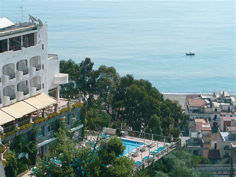 hotel olimpo giardini naxos ck fip tour taliansko sic 237 lia giardini naxos