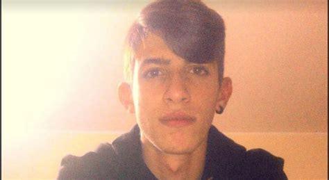 morte figlio salvatore bagni valerio 20 anni morto in un incidente rabbia in salento
