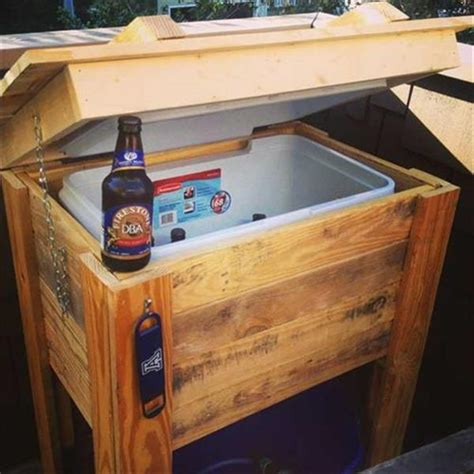 Diy Patio Cooler Stand by 20 Patio Furniture Tutorial For Diy Made By Pallets