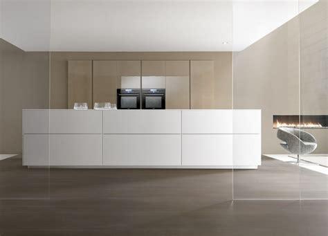 cuisine minimaliste design cuisine comprex linea photo 1 10 une cuisine