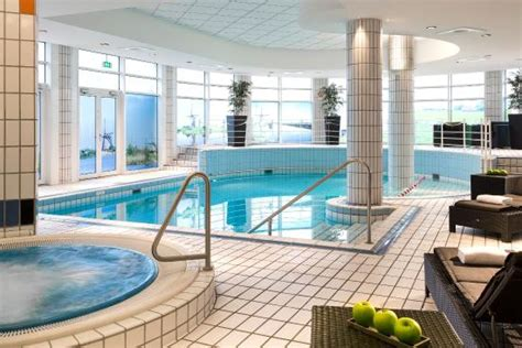 Amsterdam Häuser by Not Far From City By Review Of Crowne Plaza