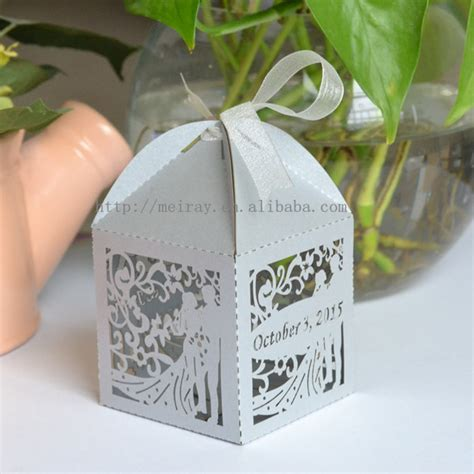 Wedding Gift For Guests by Free Custom Souvenir Items Wedding Gifts Wedding Souvenirs