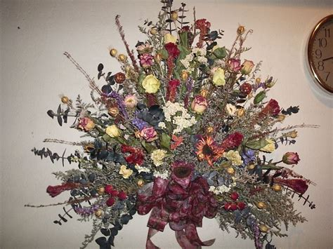 centrotavola fiori finti composizioni floreali finte composizioni di fiori