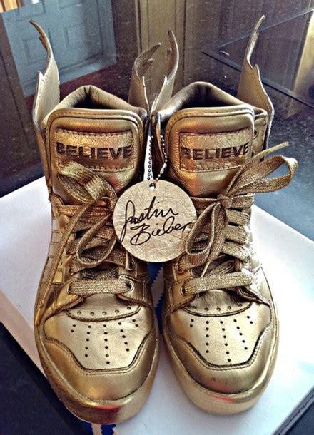 shoes justin bieber believe believe tour bieber gold adidas adidas wings