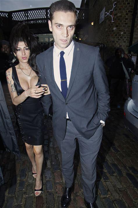 Winehouse Engaged by Winehouse Reg Traviss Photos Winehouse And Reg