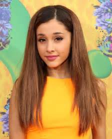 whats up with grandes hair ariana grande rocks rugrats on the 2014 kids choice awards