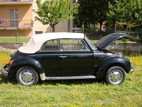 interni maggiolone volkswagen maggiolone cabrio interni bianchi