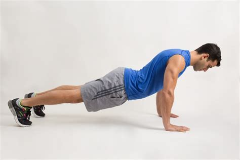Exercising Errors by Push Ups How To Do The Push Up Greatist