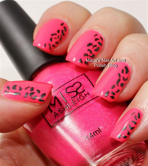 easy nail art black and pink simple pink and black nail art www pixshark com images