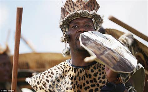 biography of nelson mandela in zulu military honor guard escorts nelson mandela s casket to