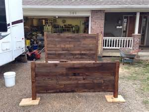 Diy Wood Platform Bed Frame by Recycled Pallet Queen Size Bed Pallet Furniture