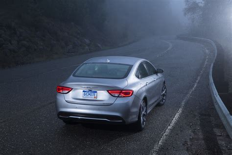 How Much Are Chrysler 200 by 2015 Chrysler 200 Aims For The Middle But Design And