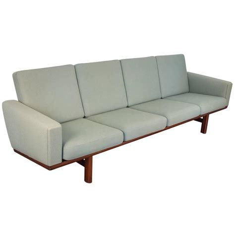 hans wegner 236 sofa hans wegner ge 236 green sofa at 1stdibs