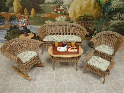 dollhouse junction 386 best ideas about doll houses and doll house stuff on