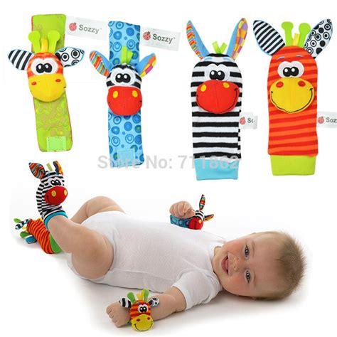 Mainan Bayi Baby Rattle 4 Pcs by 4 Pcs 2 Pcs Pinggang 2 Pcs Kaus Kaki Bayi Mainan
