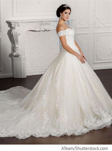 Brautmode Hochzeit by 37 Besten Brautmode Russische Hochzeit Bilder Auf
