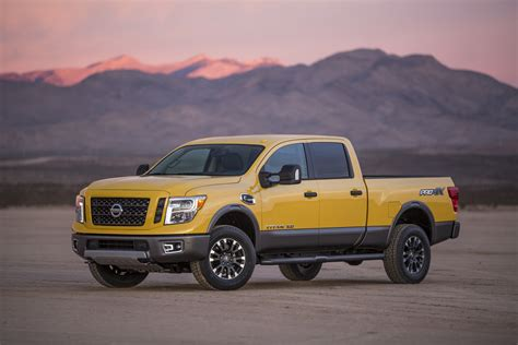 nissan pickup 2016 gasoline powered 2016 nissan titan pickup trucks coming