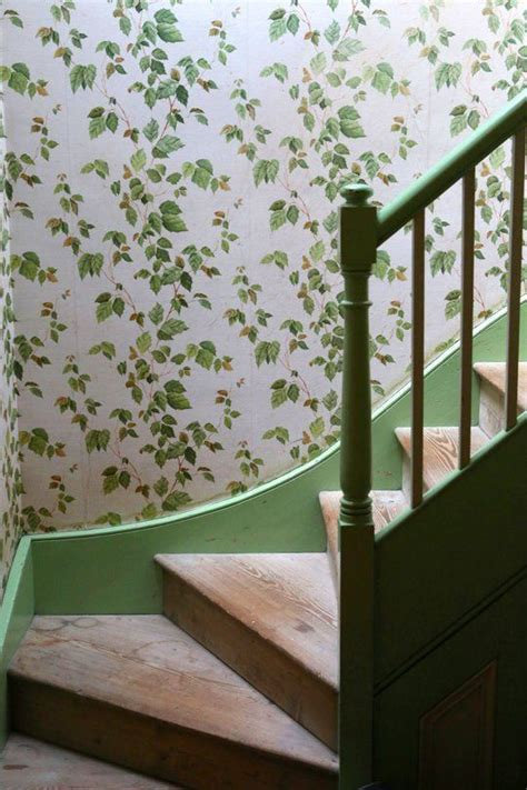 ivy staircase steunk pinterest ivy lodges and cottages ivy and cottage stairs on pinterest