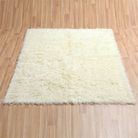 picture of a rug flokati lambs wool shaggy rugs 9 sizes