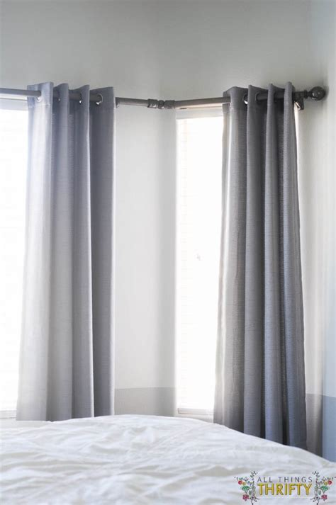 how to hang curtains on bay window diy bay window curtain rod