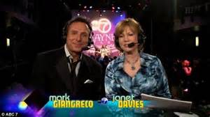 chicago new years countdown abc chicago s giangreco kicks 2016 by