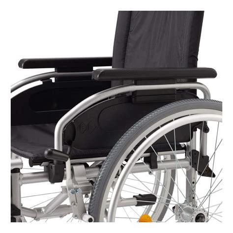 sedie a rotelle pieghevoli sedia a rotelle leggera