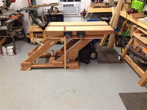split top saw bench adjustable height split top workbench by mattnc