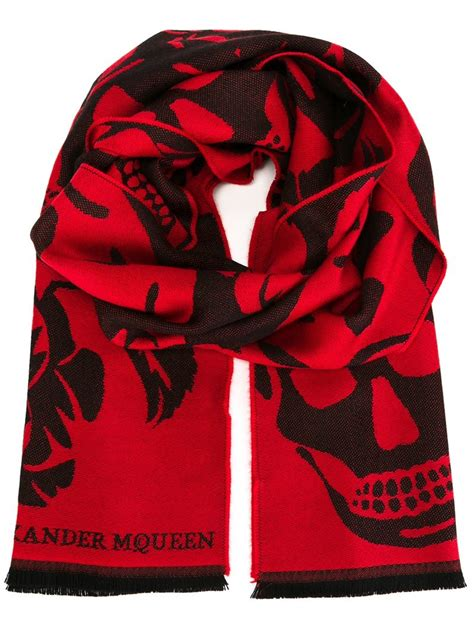 mcqueen large skull and hibiscus knit scarf in