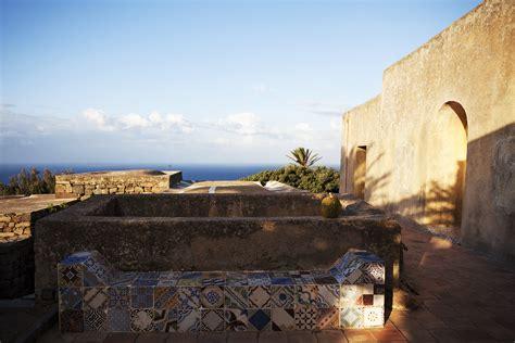 vacanza pantelleria affitta un dammuso a pantelleria tenuta borgia dammusi
