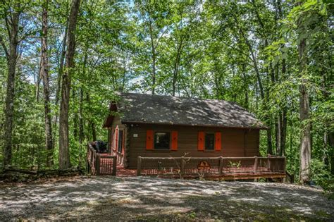 Cottages With Log Fires And Tubs by Bullwinkle S Bungalow 2br 1ba Cozy Mountain View Cabin