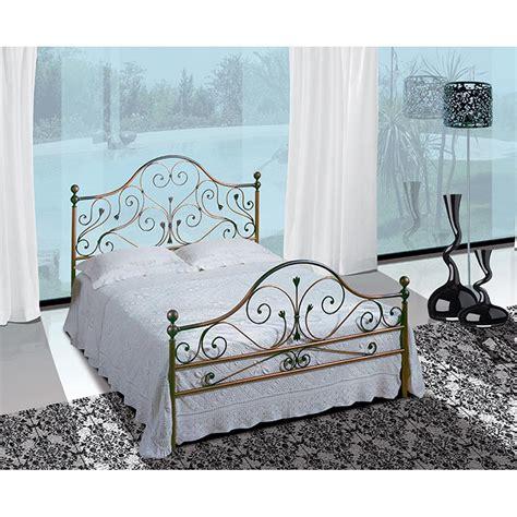 con letto in ferro battuto letto matrimoniale in ferro battuto fenice viadurini