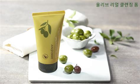 Olive Helps Detox And Cleanse by Innisfree Olive Real Cleansing Foam 150ml Hermo
