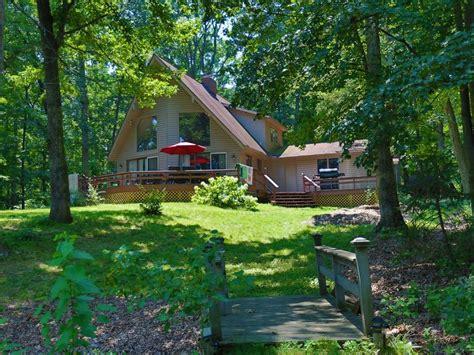 the redbud cottage lake vrbo