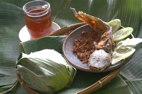 ayam bakar barokah waroeng rest oe khas masakan tradisional