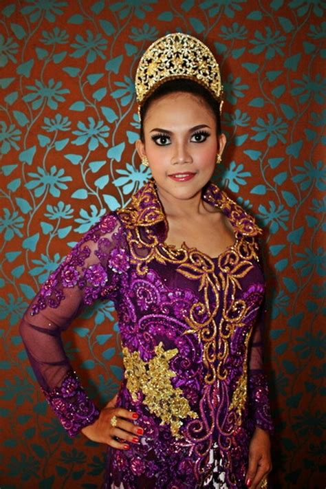 kebaya indonesia on newhairstylesformen2014